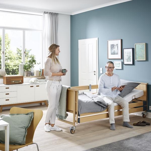 Pflegebett Dali mit kabellosem Handschalter