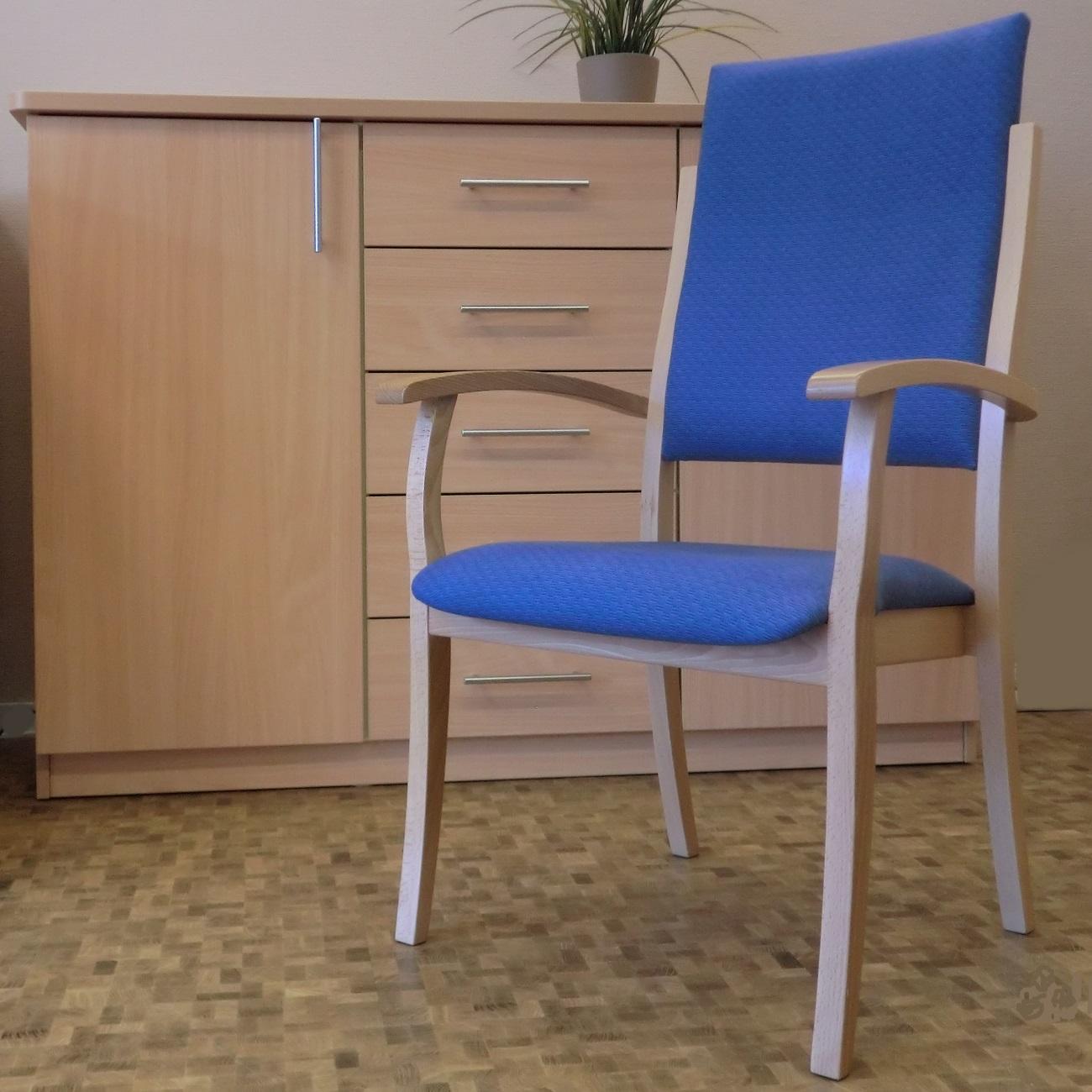 polsterstuhl mit hoher lehne f r die pflegeheim altenheimausstattung online bestellen. Black Bedroom Furniture Sets. Home Design Ideas