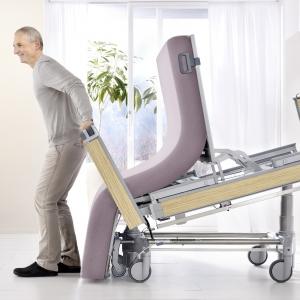 Vertica Homecare das Mobilisationsbett - Pflegebett mit Aufstehfunktion